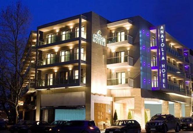 Δάπεδα τελικής στρώσης στο Anatolia hotel Thessaloniki με το Politerm Blu Fein
