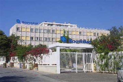 Politerm Blu Fein σε προσθήκη ορόφου (δάπεδα τελικής στρώσης πάχους 60cm) & Politerm Blu για θερμομόνωση επίπεδης μεταλλικής στέγης στην Κλινική Κασταλία στην Γλυφάδα. Συνολικά 1.300 κυβικά