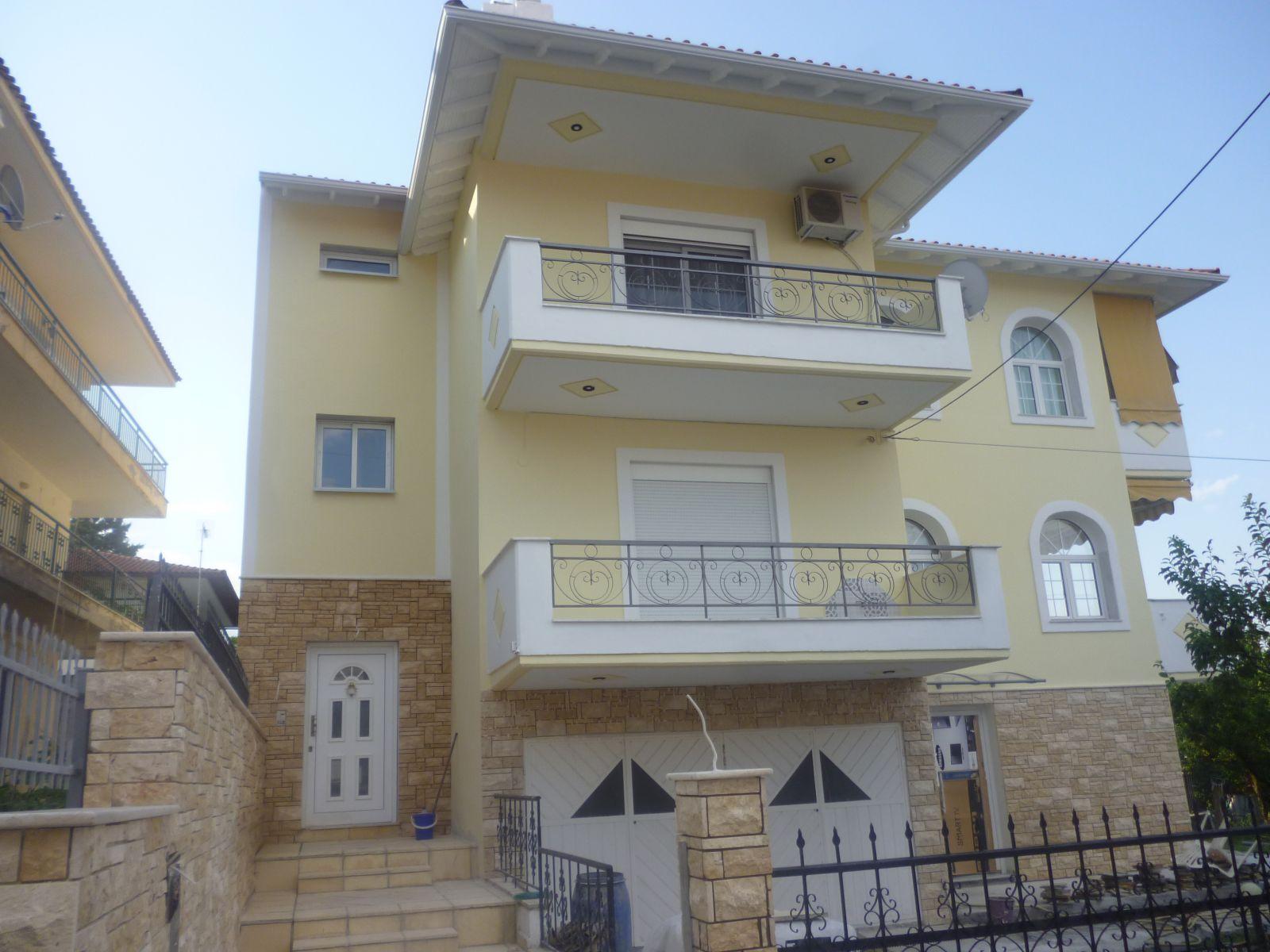 Εξωτερική θερμοπρόσοψη με θερμοσοβά Tektoterm σε ιδιωτική κατοικία στο Φίλυρο Θεσσαλονίκης