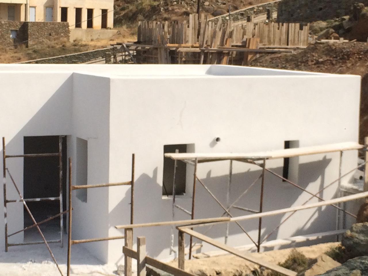 Εξωτερική θερμοπρόσοψη με θερμοσοβά Tektoterm σε ιδιωτική κατοικία στην Τήνο