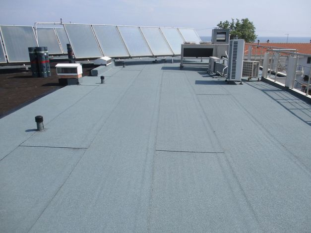 Thermal & water insulation on roof with Politerm Blu at Kronos hotel in Platamona-Pierias